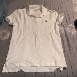 Collard white polo shirt